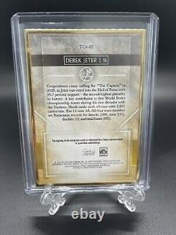 2020 Topps Transcendent Derek Jeter Gold Framed On Card Auto 10/25