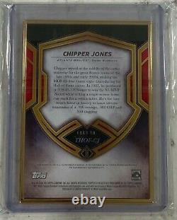 2020 Topps Transcendent HoF Chipper Jones Gold Framed Auto 18/25 Horizontal