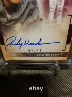 2020 Transcendent Purple Rickey Henderson Gold Frame Vertical Auto 02/10