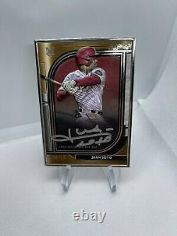 Juan Soto 2021 Topps Museum Collection Silver Framed Silver Ink Auto 9/15
