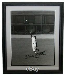 Mickey Mantle NY Yankees Signed/Autographed 16x20 B/W Photo Framed JSA 150105