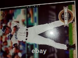 2003 Upper Deck Ud Authentics Ichiro Suzuki Auto Autograph Framed Patch 51/75