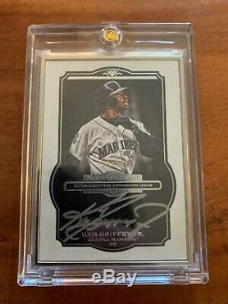 2013 Musée Collection Ken Topps Griffey Jr. Framed Argent Auto / 10