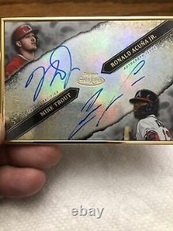 2020 Gold Label Mike Topps Truite Ronald Acuna Jr. Double Framed Auto 4/5. Chaud