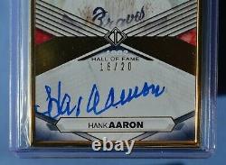 2021 Topps Transcendent Hof Hank Aaron Sur Carte Auto #/20! C'est Vraiment Sympa, L'auto! Wow