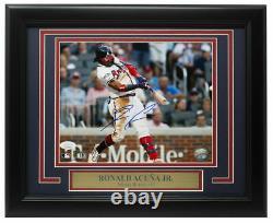 Ronald Acuna Jr. Signé Atlanta Braves 8x10 Baseball Photo Jsa Itp